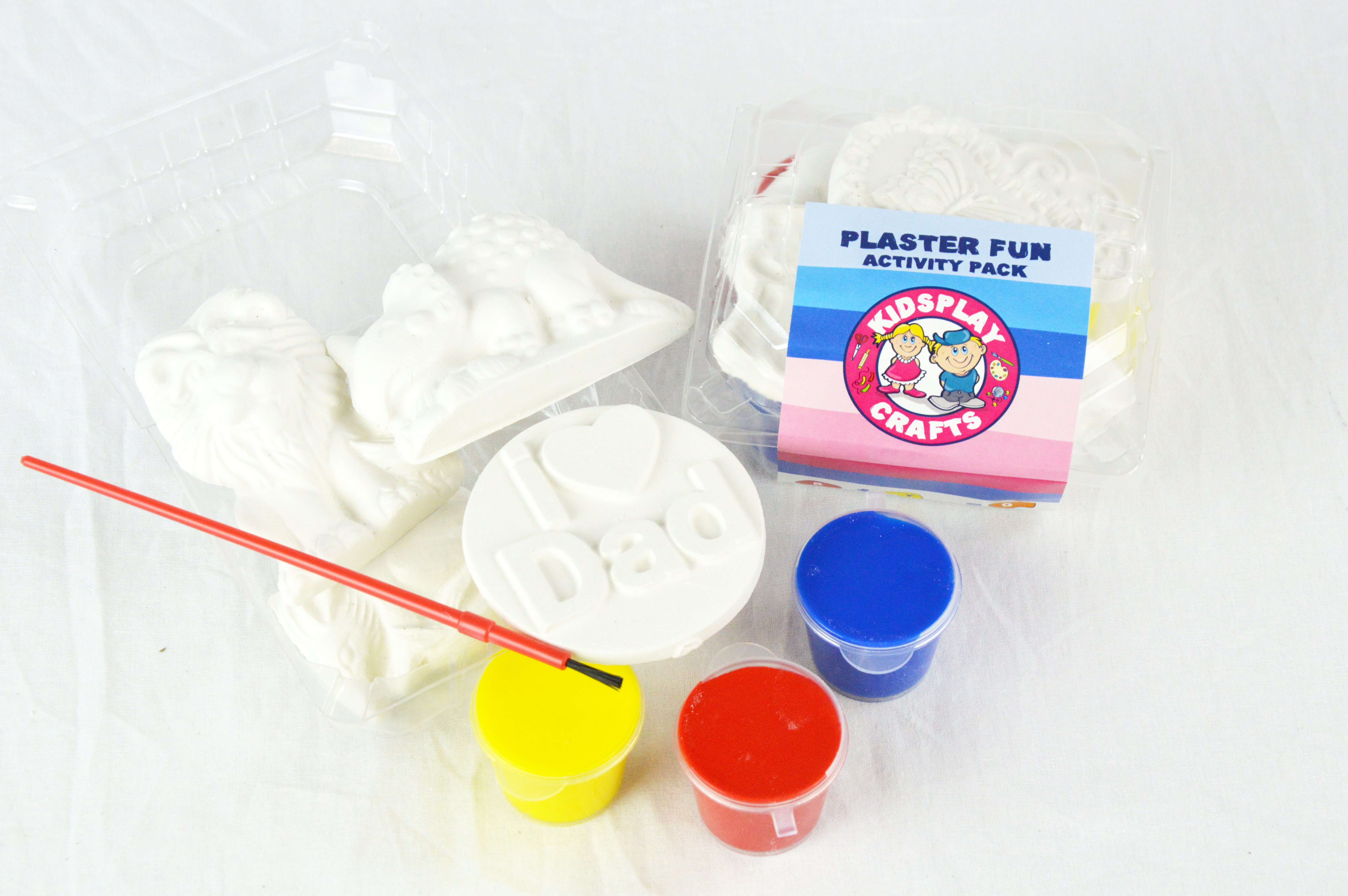 Plaster fun activity pack small plaster kit kidsplay for Plaster crafts to paint