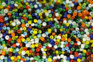 bead snakes, craft activities for preschoolers